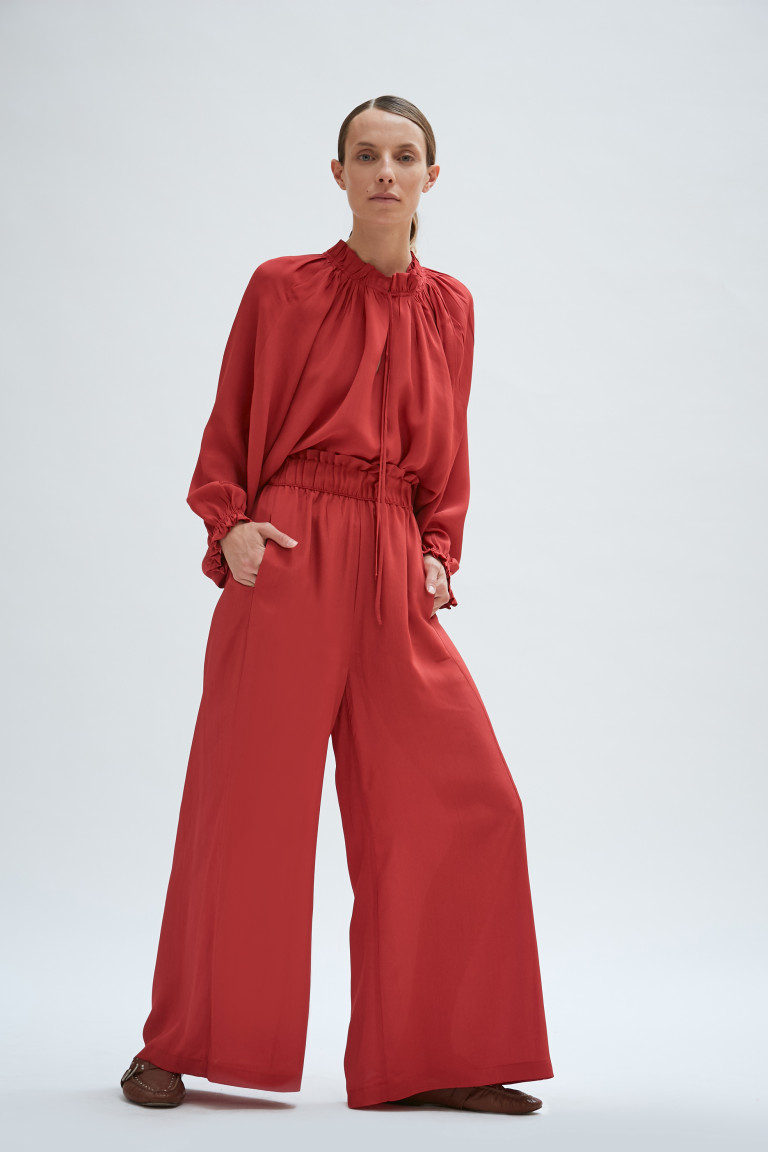 PANTALON BURNE ROJO